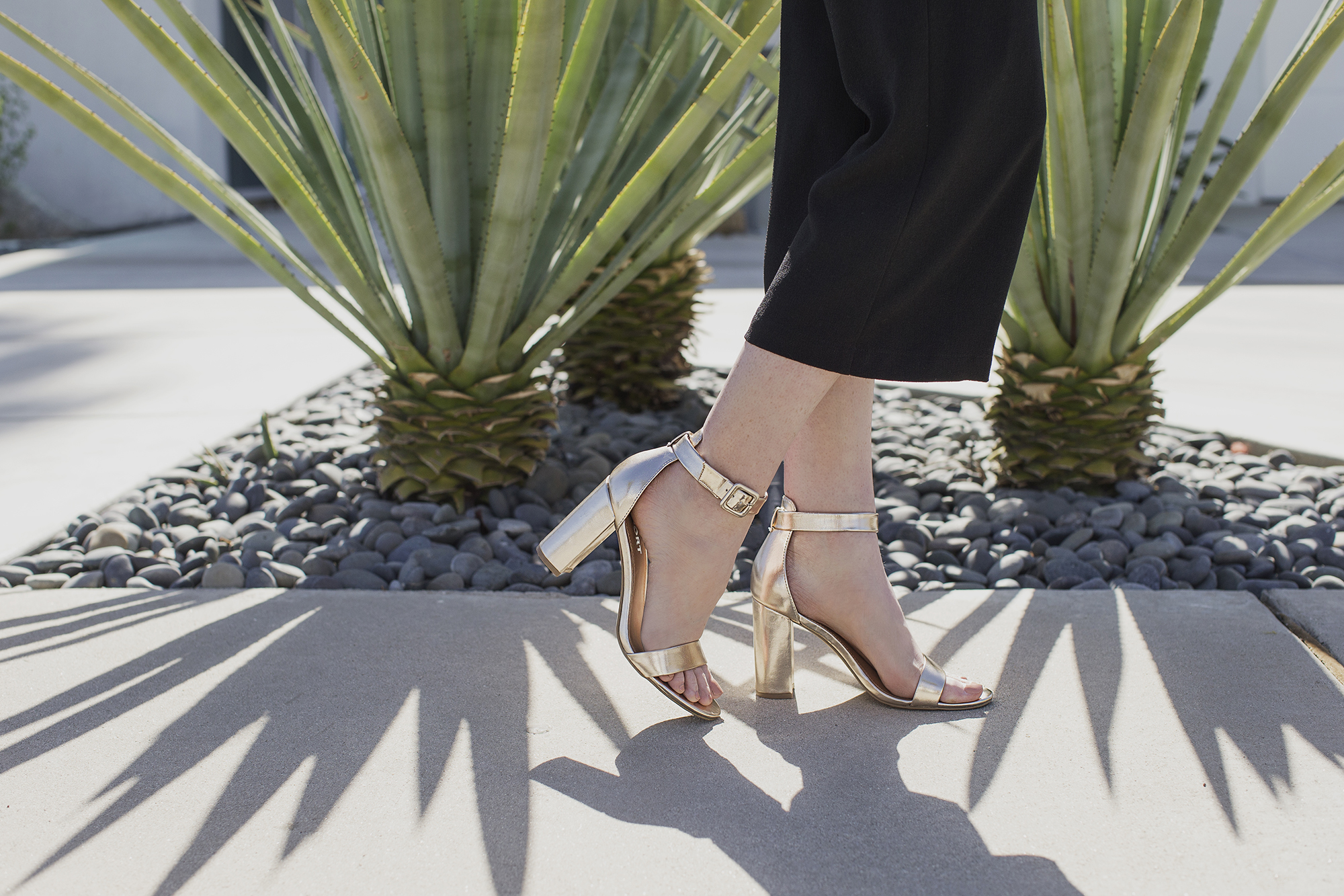 Report shoes footwear campaign in Palm Springs by Seattle Fashion photographer Michelle Moore